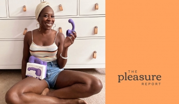 Attachment Play: Using the Le Wand Petite Inside the Body